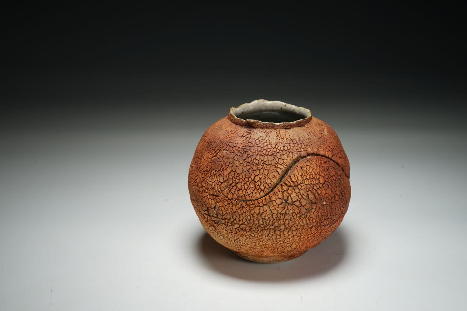 Earth texture small vase 1