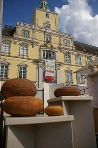 terry davies ceramic market 2014